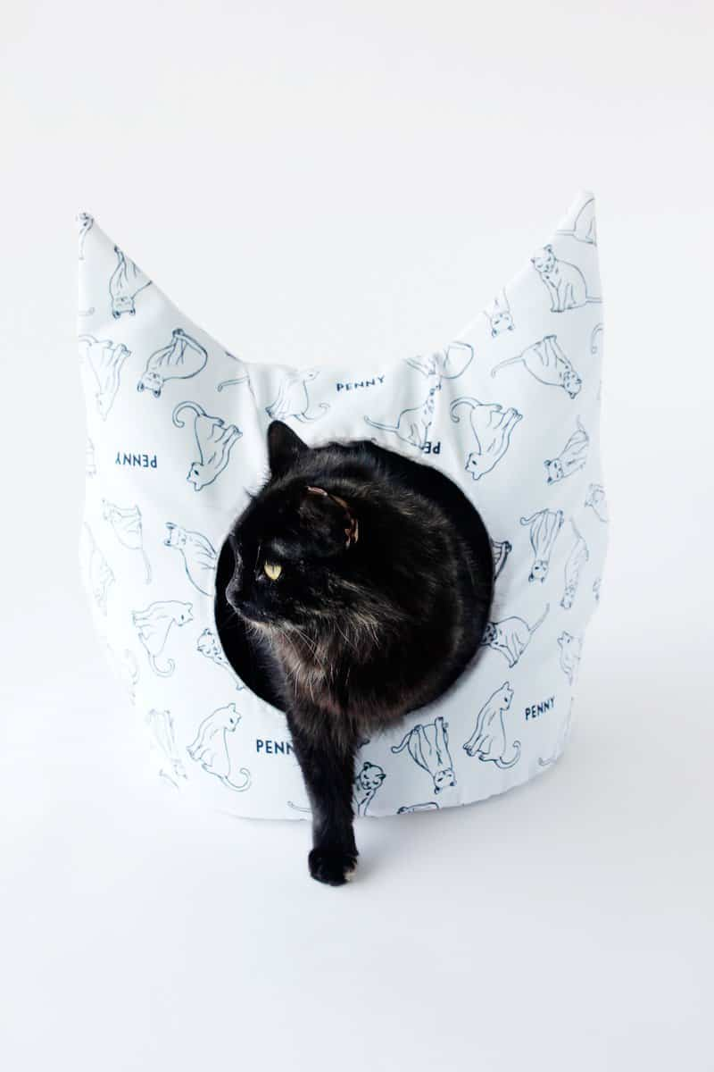 14 Free Crochet Cat Bed Patterns - Its Overflowing