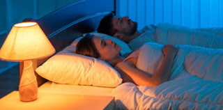 Women who do not want to get fat should sleep in a dark room