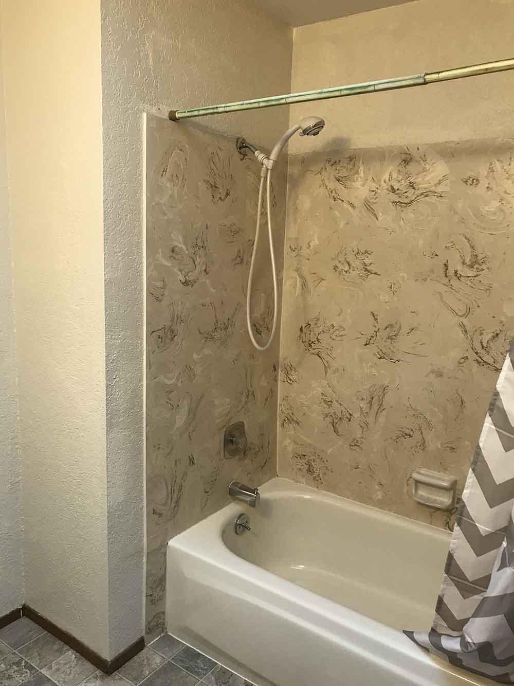 Updating a Hideous 70\'s Bathroom - Seeking Alexi DIY Boss