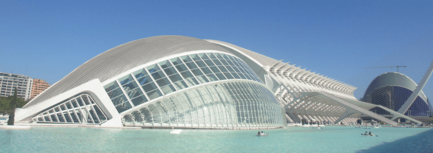 My train trip to Valencia and all the city highlights