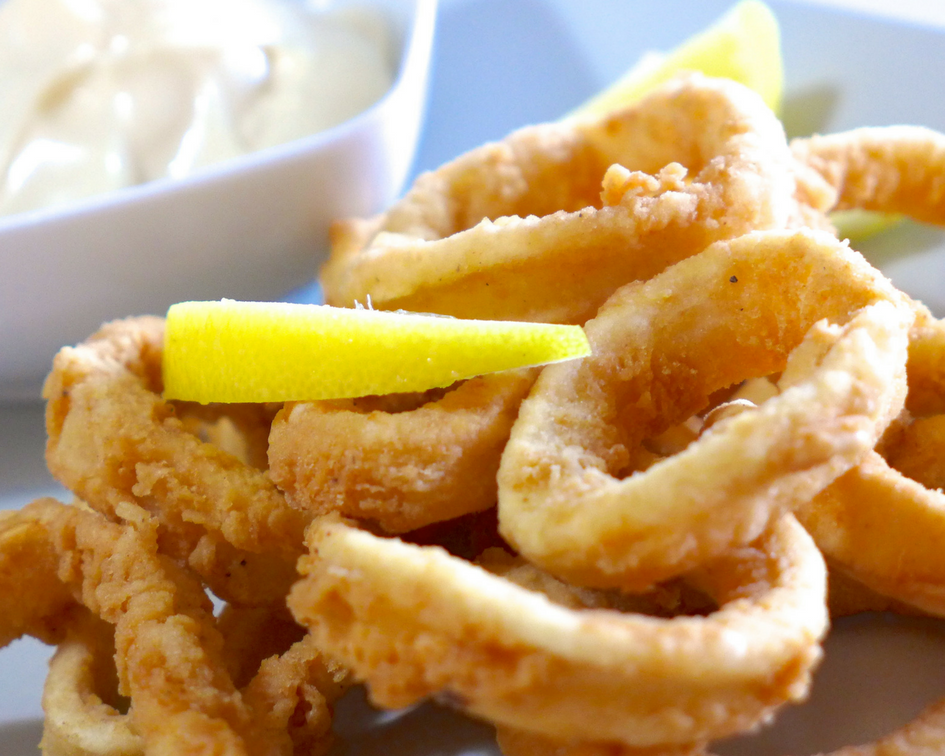 The most delicious seafood in Spain - Calamares