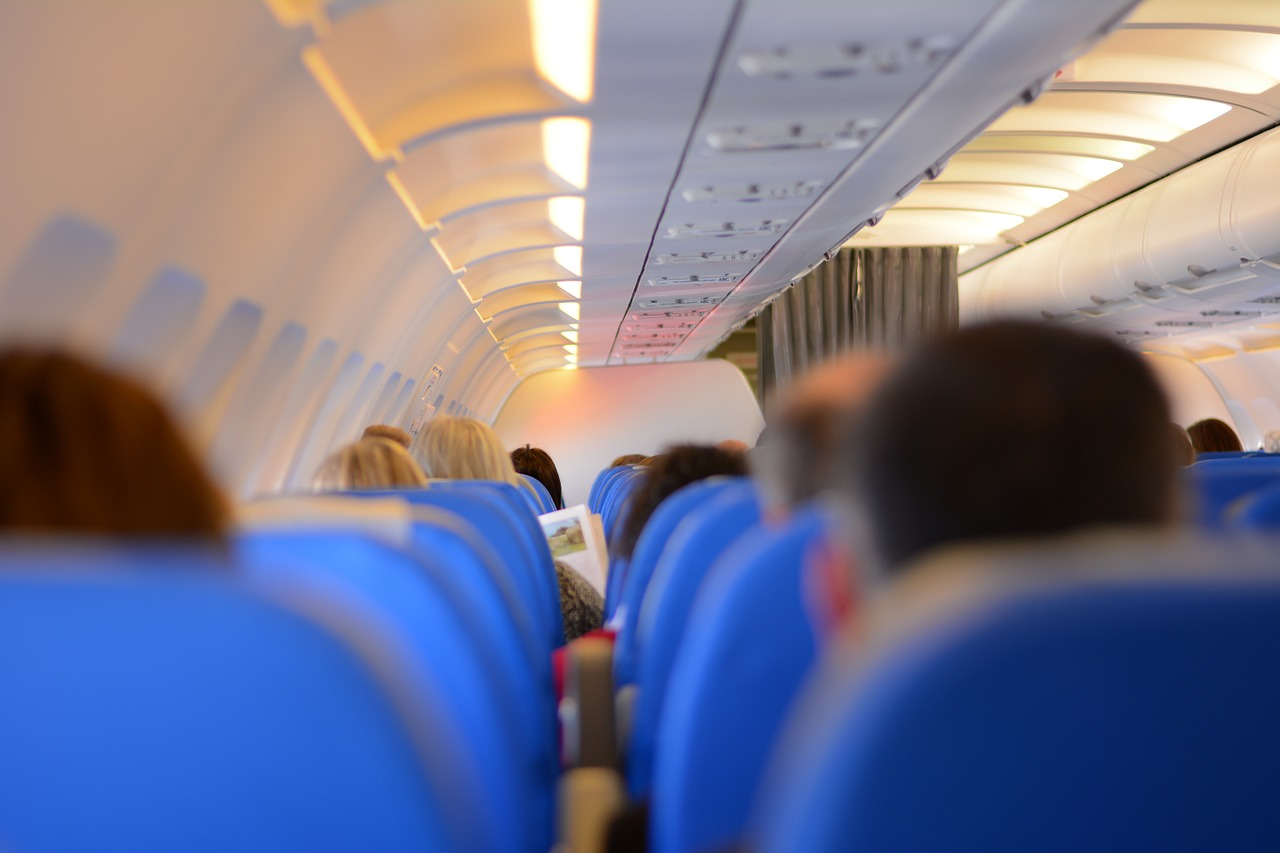 How to survive a low cost flight 2