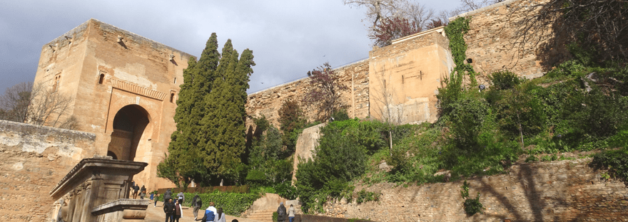 Granada: What You Need to Know Before Visiting