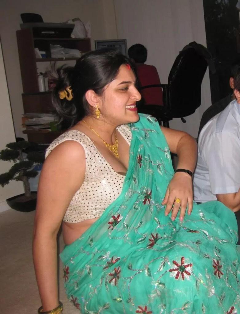 aunty hot photos