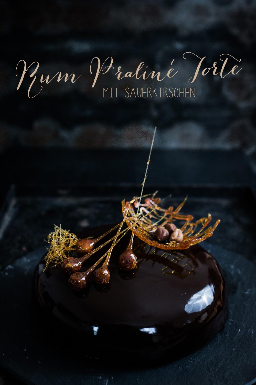 Rum Praline Torte mit Sauerkirschen | seelenschmeichelei.de