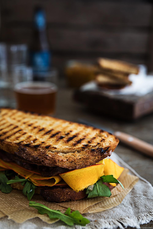 Roastbeef Sandwich | Mango Chutney | Blue Cheese Cream | seelenschmeichelei.de
