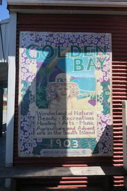 Werbeschild für die Golden Bay aus dem Jahr 1903