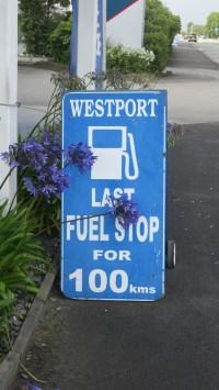 Benzin kann etwas teurer sein, wenn die nächste Tankstelle 100 km entfernt ist...