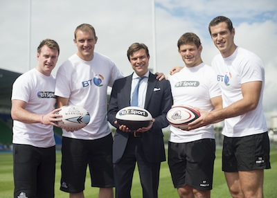 L-R Al Killock (Glasgow Warriors), Stuart Hogg (Glasgow Warriors), Marc Watson (CEO, BT TV), Ross Ford (Edinburgh Rugby) and Tim Visser (Edinburgh Rugby) at the announcement of the BT Scottish Rugby Union sponsorship.  Image: BT