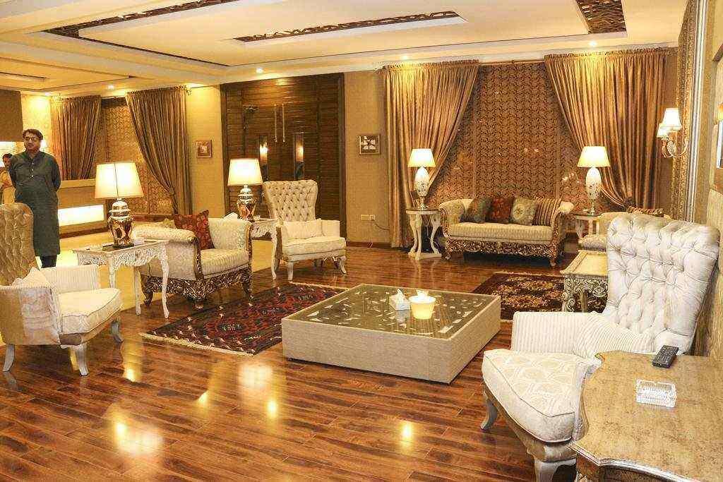 Sheltons Rezidor Hotel Swat See Pakistan Tours