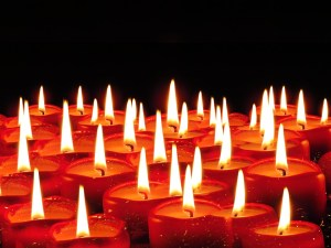 candles-939237_960_720
