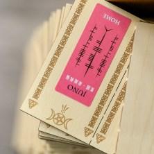 儀式結束後,貼有女神神名貼紙的符牌將依據大家的選擇燒毀或分別寄出;個人資料部分就將燒毀,好讓儀式圓滿完成。