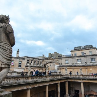 Bath UK royal cresent markus-leo-MWfVs2X0S7w-unsplash