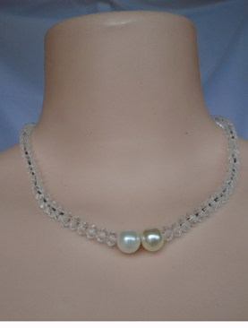 Women's stylish choker necklaces-Ivory beads.