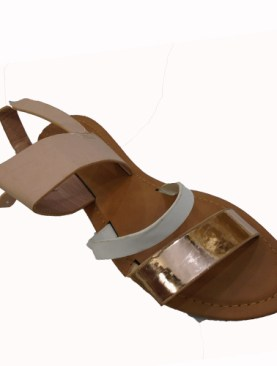 Women's strpped flat shoes-Gold.