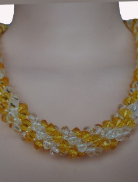 Women's classy glass bead necklaces-Gold|White.