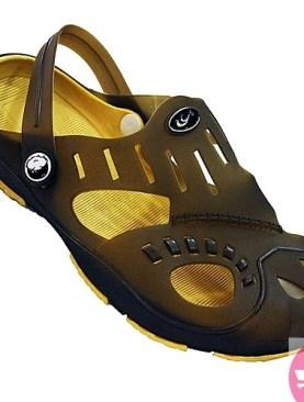 Unisex Rubber Crocs /Sandles.