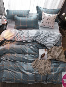ORIGINAL COLORFUL DUVET WITH TWO PILLOW CASES-6×6