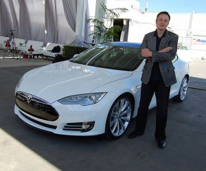By Maurizio Pesce from Milan, Italia - Elon Musk, Tesla Factory, Fremont (CA, USA), CC BY 2.0, https://commons.wikimedia.org/w/index.php?curid=38354348