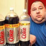 Coca Cola encuentra heces humanas en sus latas