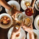 El licor de hierbas no te ayuda a DIGERIR la comida