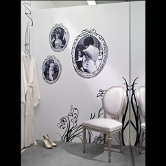 Modern Chairs For Sitting Room Senior Potty Chair Christian Dior Temporary Store | Segd