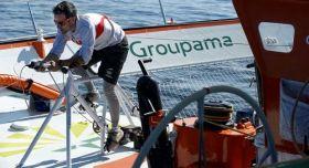 Cammas segelte 2010 seinen Mega Tri per Beinkraft alleine über den Atlantik. © Zedda/Groupama