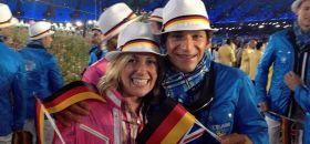 Beste Stimmung bei den Surfern. Moana Delle und Toni Wilhelm können eine weitere Olympiakampagne starten. © STG