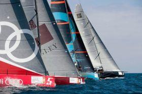 Zeitig an der Startlinie. Aber der Platz reicht bei insgesamt fünf Yachten auch aus. © Xaume Olleros/52 Superseries