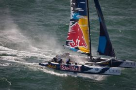 Das österreichische Red Bull Extreme 40 Team mit Roman Hagara und Hans Peter Steinacher soll die Jugend-Teams für den AC aussuchen. © OCEvents