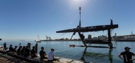 Wer hoch fliegt... © Guilain Grenier / Oracle Team USA