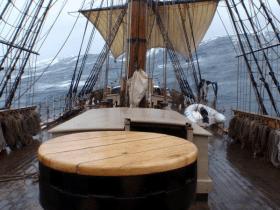Die Bounty beim Abwettern © unbekannt - ein Besatzungsmitglied