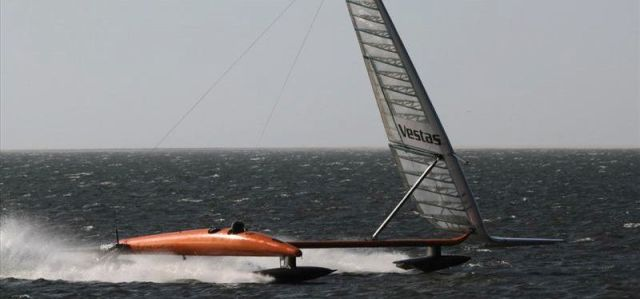 Vestas Sailrocket im High Speed Modus. © Sailrocket
