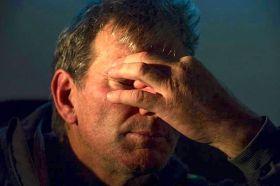 Kito de Pavant kann es nicht fassen. In der Nacht ist er mit seiner havarierten `Groupe Bel´ im portugiesischen Cascais angekommen... © Ricardo Pinto | Groupe Bel