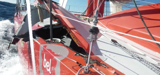 """Das aufgeklappte Deck der """"Groupe Bel"""". © de Pavant"""