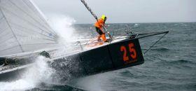 Marc Guillemot rockt nach einem Kielbruch nicht mehr dem Sieg bei der Vendée Globe mit Safran entgegen. © Jean-Marie Liot