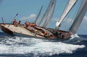 """Die 100-füßige """"Gaia"""" von Sprit Yachts"""