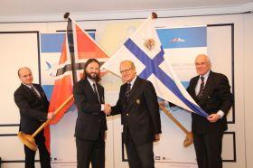Partnerschaft besiegelt zwischen dem NRV mit Präsident Andreas Christiansen und dem St. Peterburg Yacht Club mit Vladimir Liubomirov