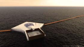 Plastikmüll-Sammler auf dem Meer