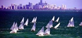 Die Starboot-Flotte vor Miami beim Bacardi Cup
