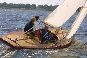"Willem Alexander segelt ""Oranje""."