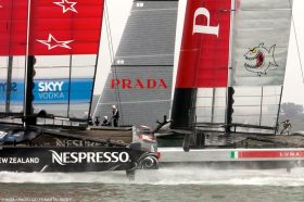 Louis Vuitton Cup Start