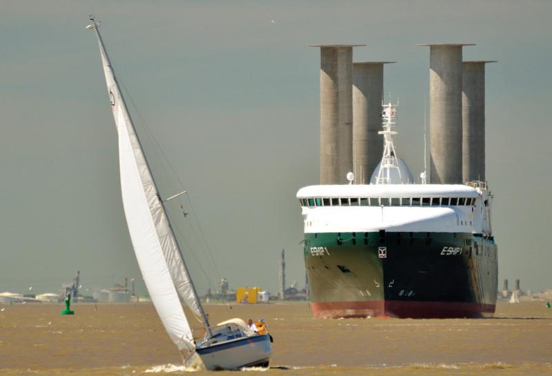 E Ship 1 Mit Flettner Rotoren Ab Februar 2014 Wieder Unterwegs