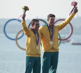 Australiens Goldsegler Mat Belcher und Malcom Page © ISAF