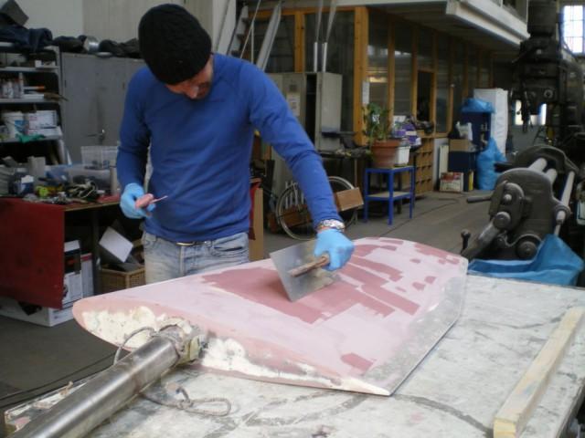 Kevin Bulpit von Oceanmarine aus Antibes hat schon einige richtig große Boot hübsch und glatt gemacht. Das sollte für das Swede 55-Ruder reichen © Steiner Design