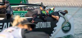 Reiten auf der Bugspitze. Bei Flaute muss das Gewicht bei den X40 KAts weit nach vorne. © Lloyd Images