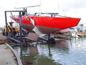 Hempels Spezialität sind moderne Meteryachten. Hier der englische Achter 'Ganymede' beim Stapellauf 2007 © Yachtkonstruktion Juliane Hempel