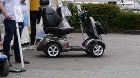 Zu breit für den Bugkorb - der e-Scooter
