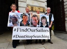 Öffentliche Aufmekrsamkeit. Die Angehörigen kämpfen in England erfolgreich um eine Wiederaufnahme der Suche. © privat