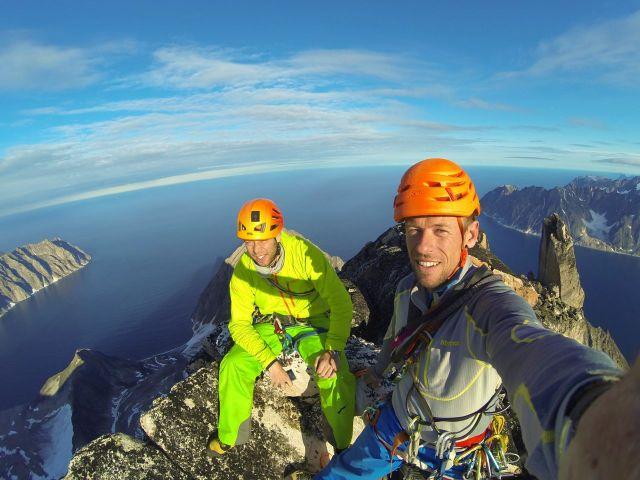 """Ralph und Harald auf dem Gipfel der """"Kirken"""" © villiger/fichtinger"""